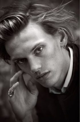 Jamie Campbell Bower wallpaper