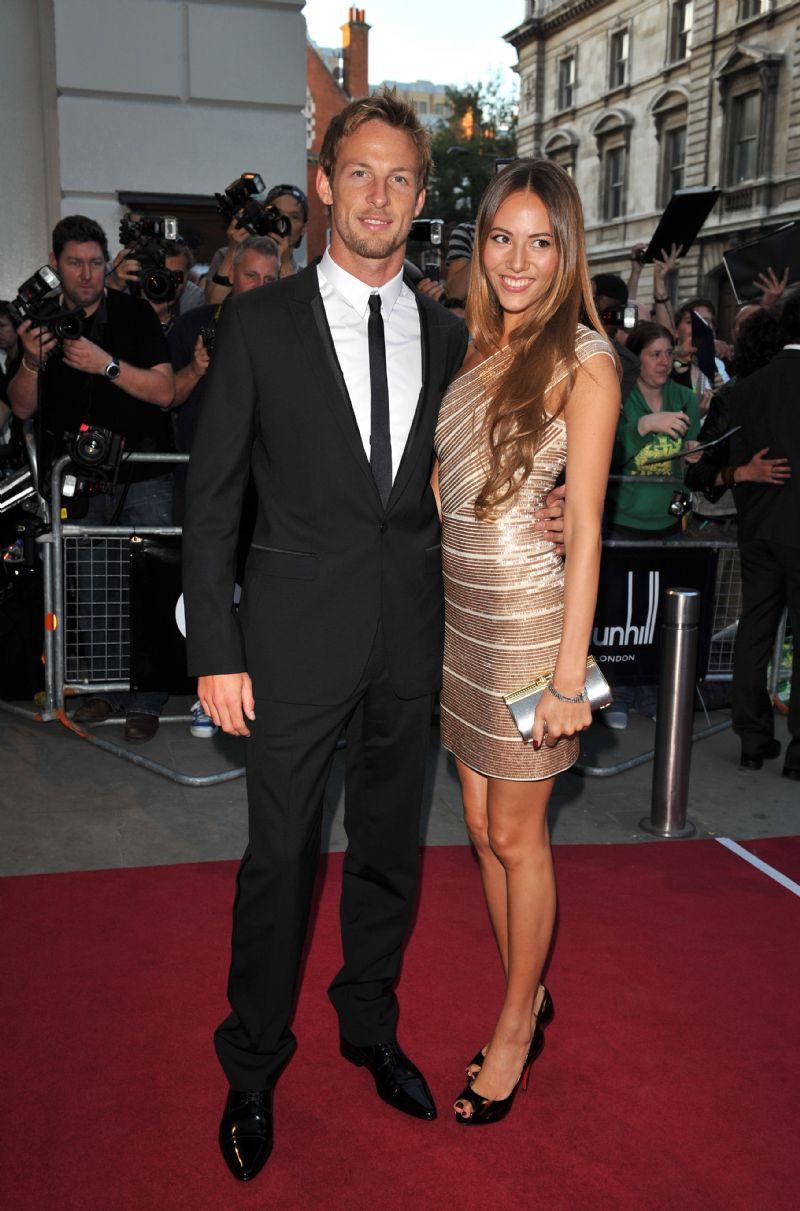 Jenson-Button-Jessica-Michibata-amazingly-hot-couple-wallpaper-wp5406354