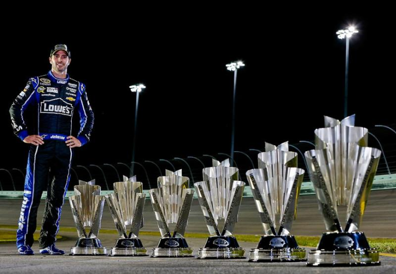 Jimmie-Johnson-championship-trophy-after-the-NASCAR-Sprint-Cup-wallpaper-wp3007526