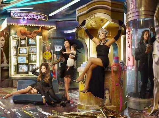 Kardashian-Christmas-Card-HD-Blog-wallpaper-wp3407710