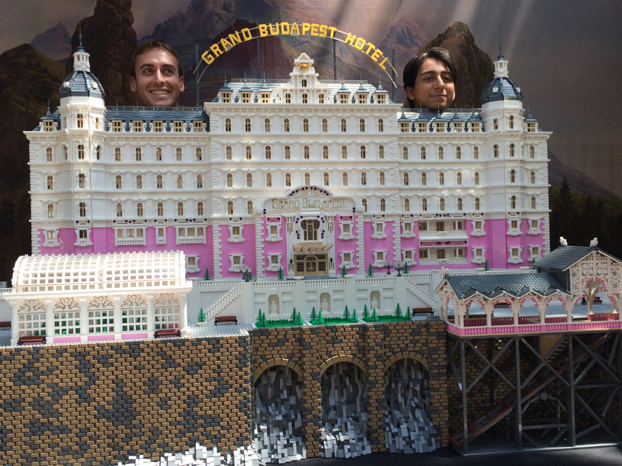 Lego-model-of-the-Grand-Budapest-Hotel-wallpaper-wp3007931