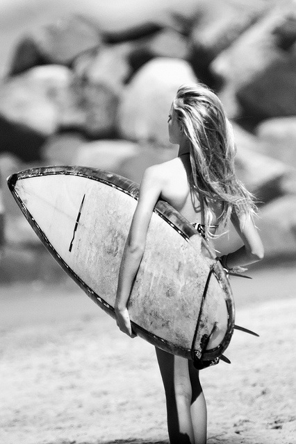 Little-surfer-girl-wallpaper-wp5208827