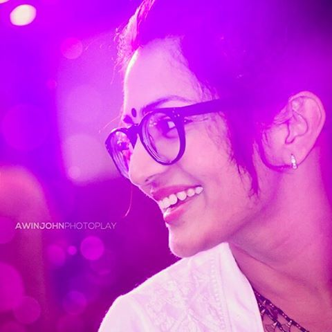 Love-parvathy-parvathyfans-wallpaper-wp4808512