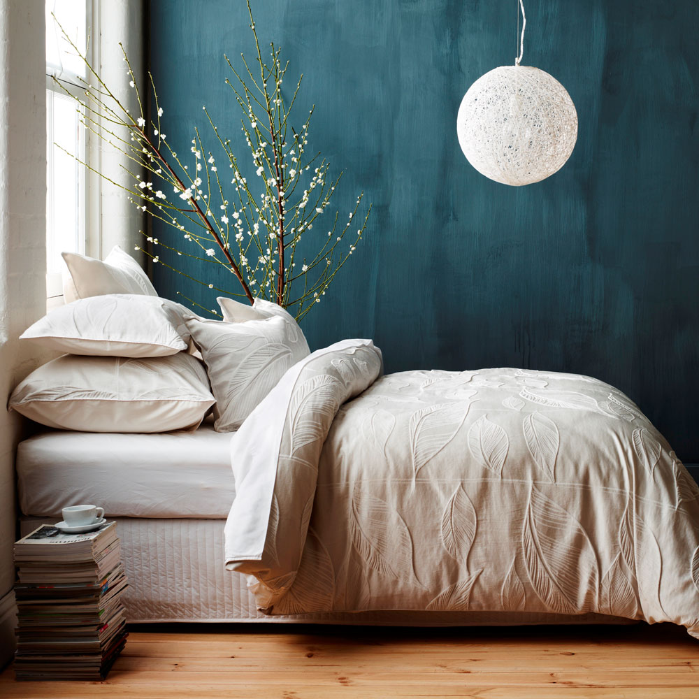 Love-this-wall-color-for-bedroom-wall-behind-headboard-wallpaper-wp4409345