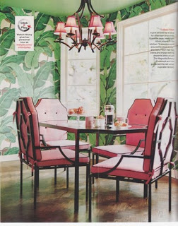 Martinique-Banana-Leaf-in-Nicky-Hiltons-dining-room-So-Palm-Beach-Chic-wallpaper-wp4608127
