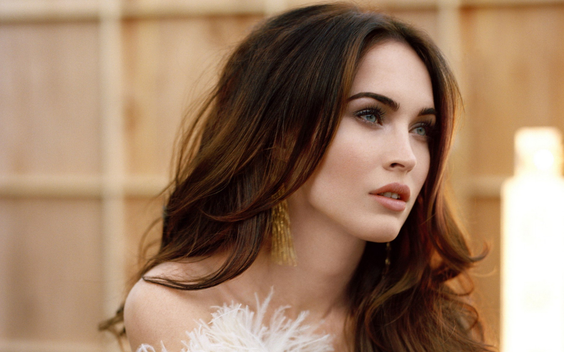 Megan-Fox-http-www-firsthd-com-megan-fox-html-wallpaper-wp6004847
