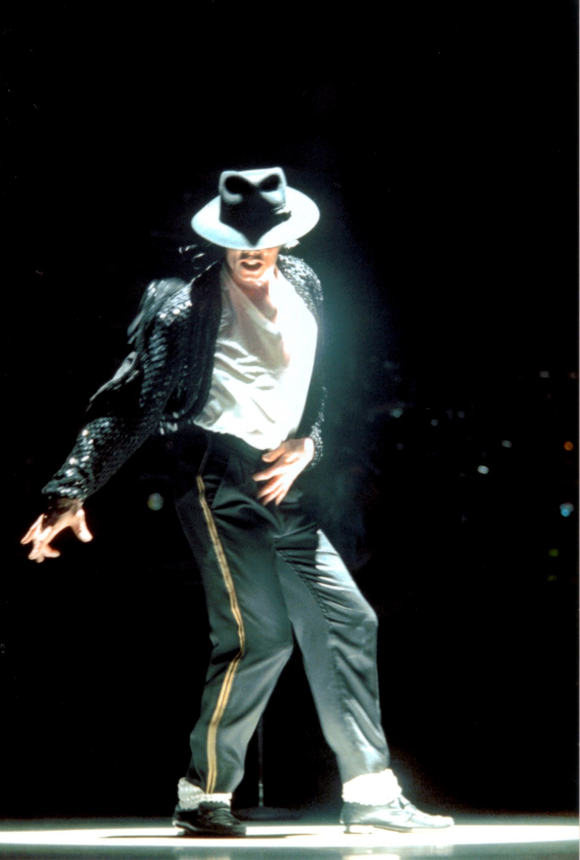 Michael-Jackson-wallpaper-wp421280