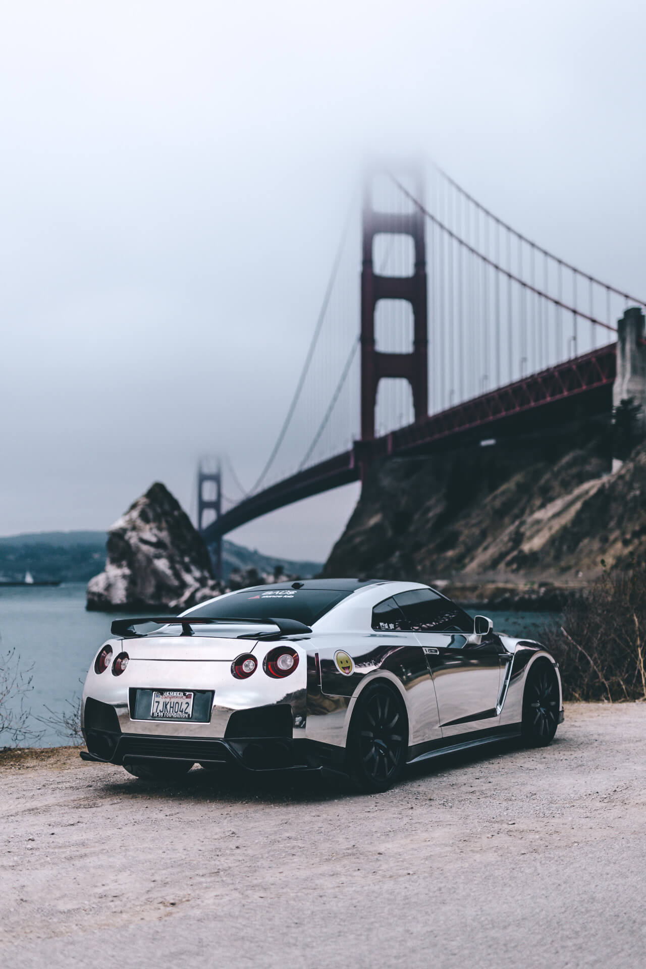 Nissan-GT-R-Chrome-Phone-nissan-phone-gtr-wallpaper-wp5808273