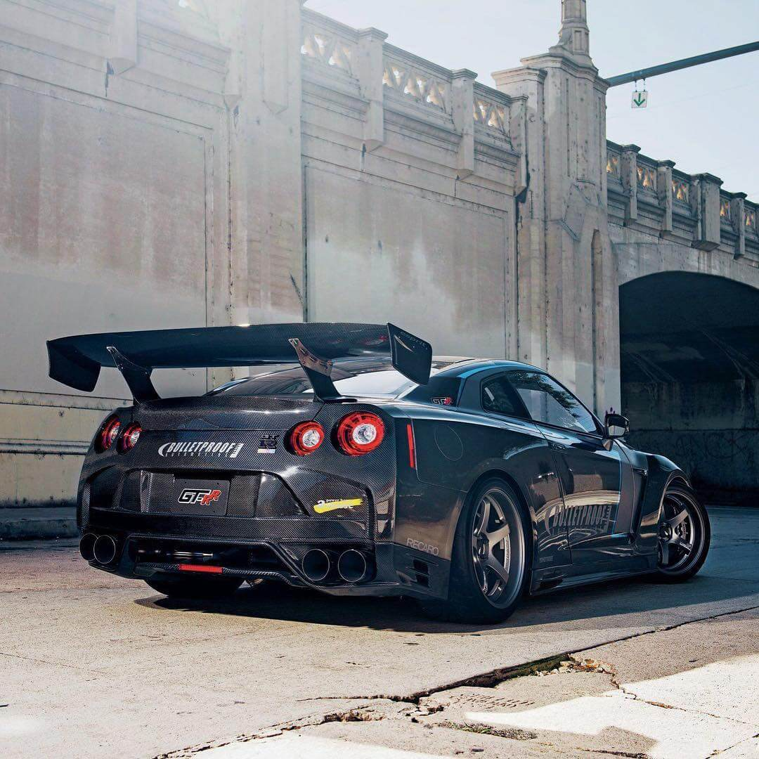 Nissan-GT-R-Full-Carbon-wallpaper-wp5808274
