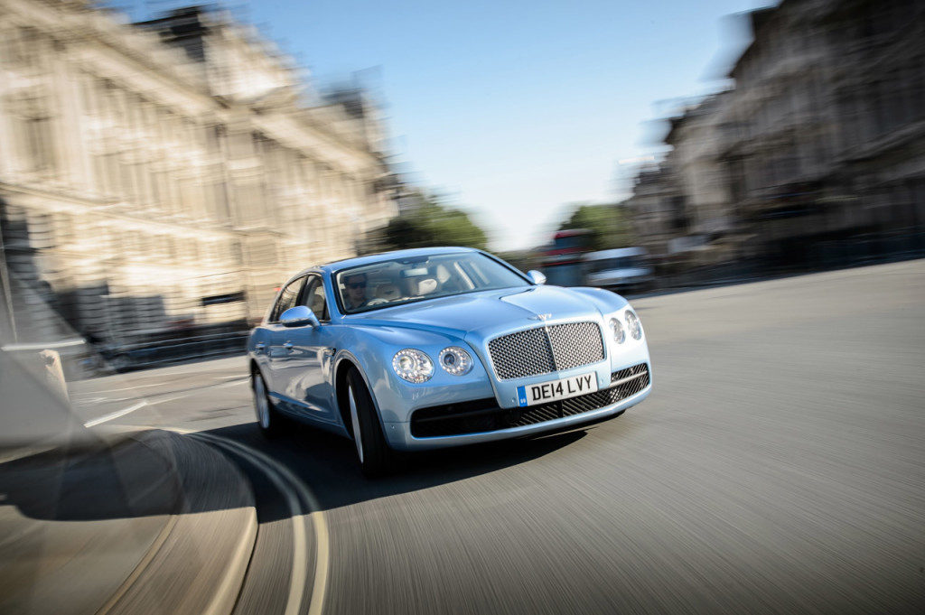Photo-Gallery-Bentley-Flying-Spur-V-HD-Car-wallpaper-wp428361