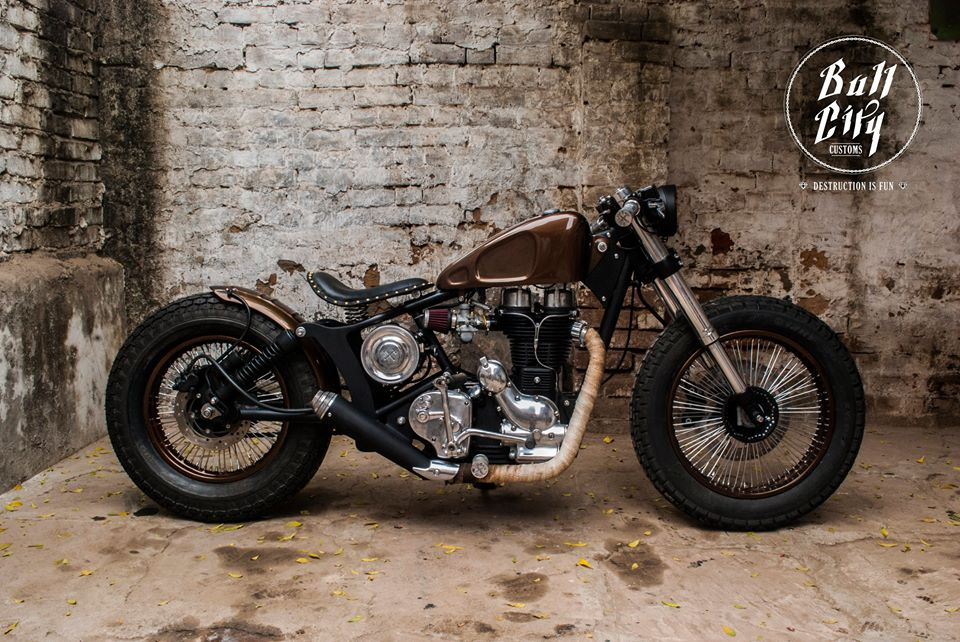 Photo-Royal-Enfield-Electra-Bobber-by-Bull-City-Customs-CC-com-wallpaper-wp4803490