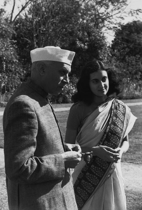 Prime-minister-NEHRU-and-his-daughter-Indira-GANDHI-Photo-Henri-Cartier-Bresson-from-album-India-wallpaper-wp4603280