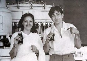 Raj Kapoor and Nargis wallpaper
