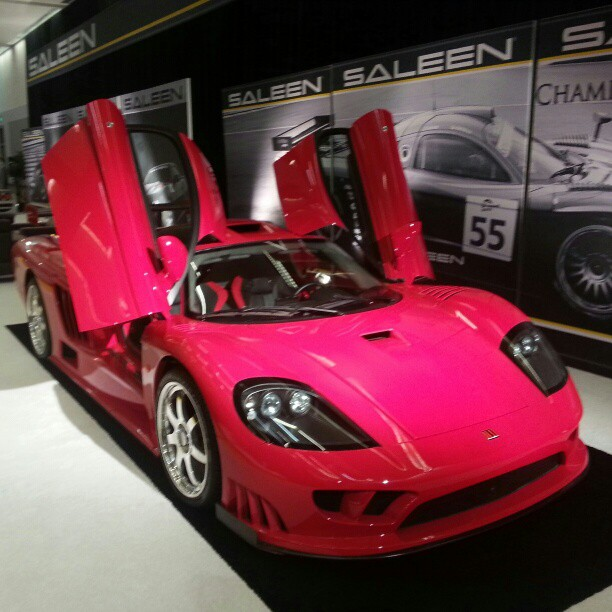 Saleen-S-looks-amazing-in-pink-What-do-you-think-wallpaper-wp44011058