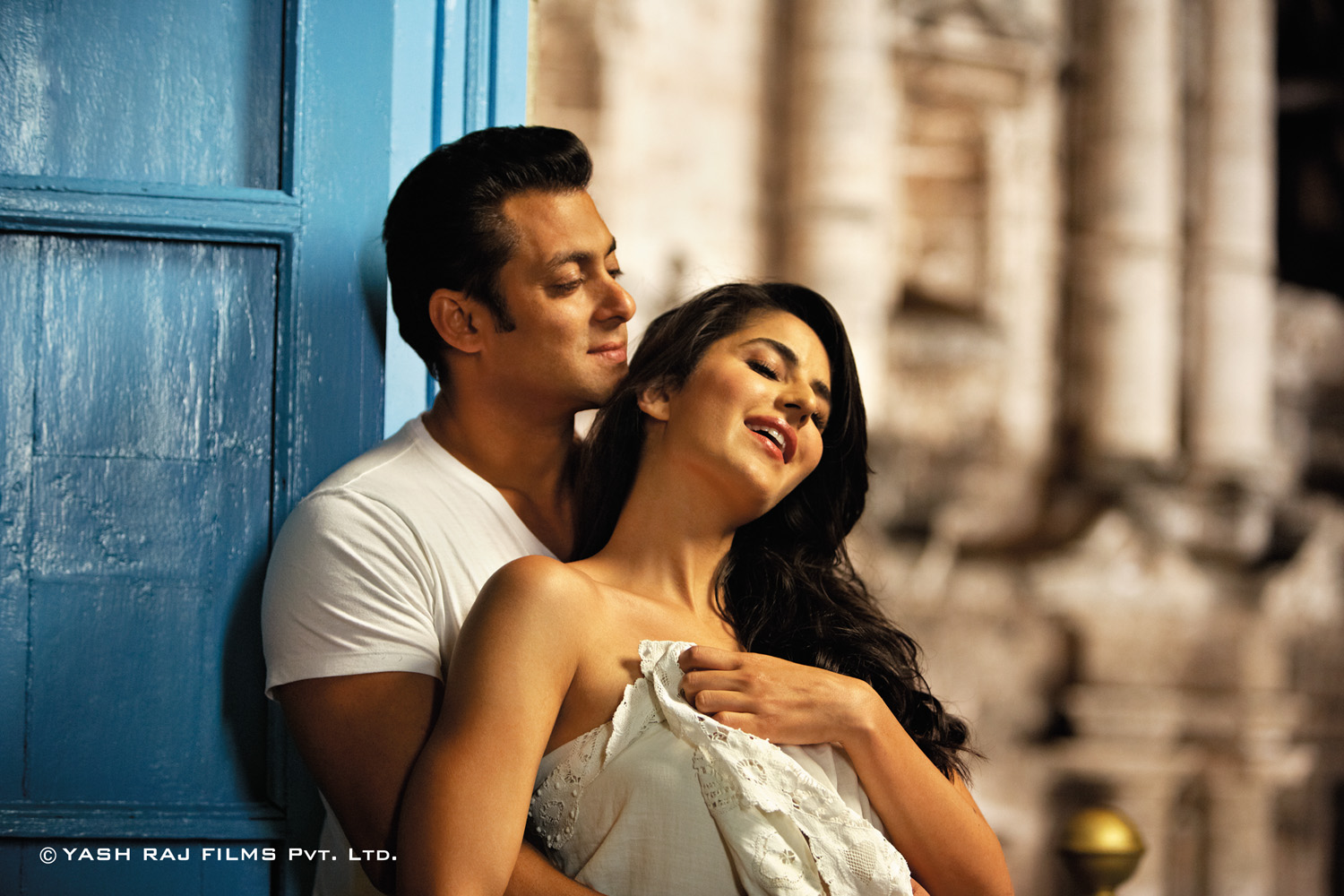 Salman-Khan-and-Katrina-Kaif-Ek-Tha-Tiger-wallpaper-wp44011067