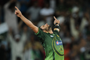 Shahid-Afridi-England-v-Pakistan-st-International-Twenty-Match-wallpaper-wp5408596