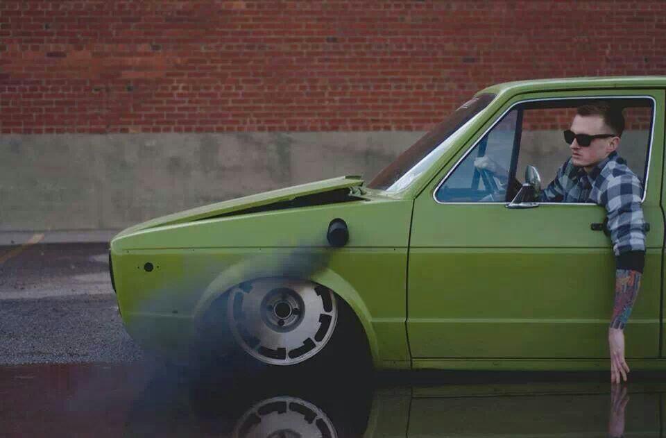 Slammed-VW-rabbit-rollin-coal-wallpaper-wp52011089