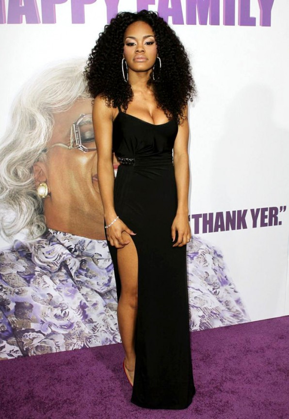 Teyana-Taylor-dress-wallpaper-wp48011065