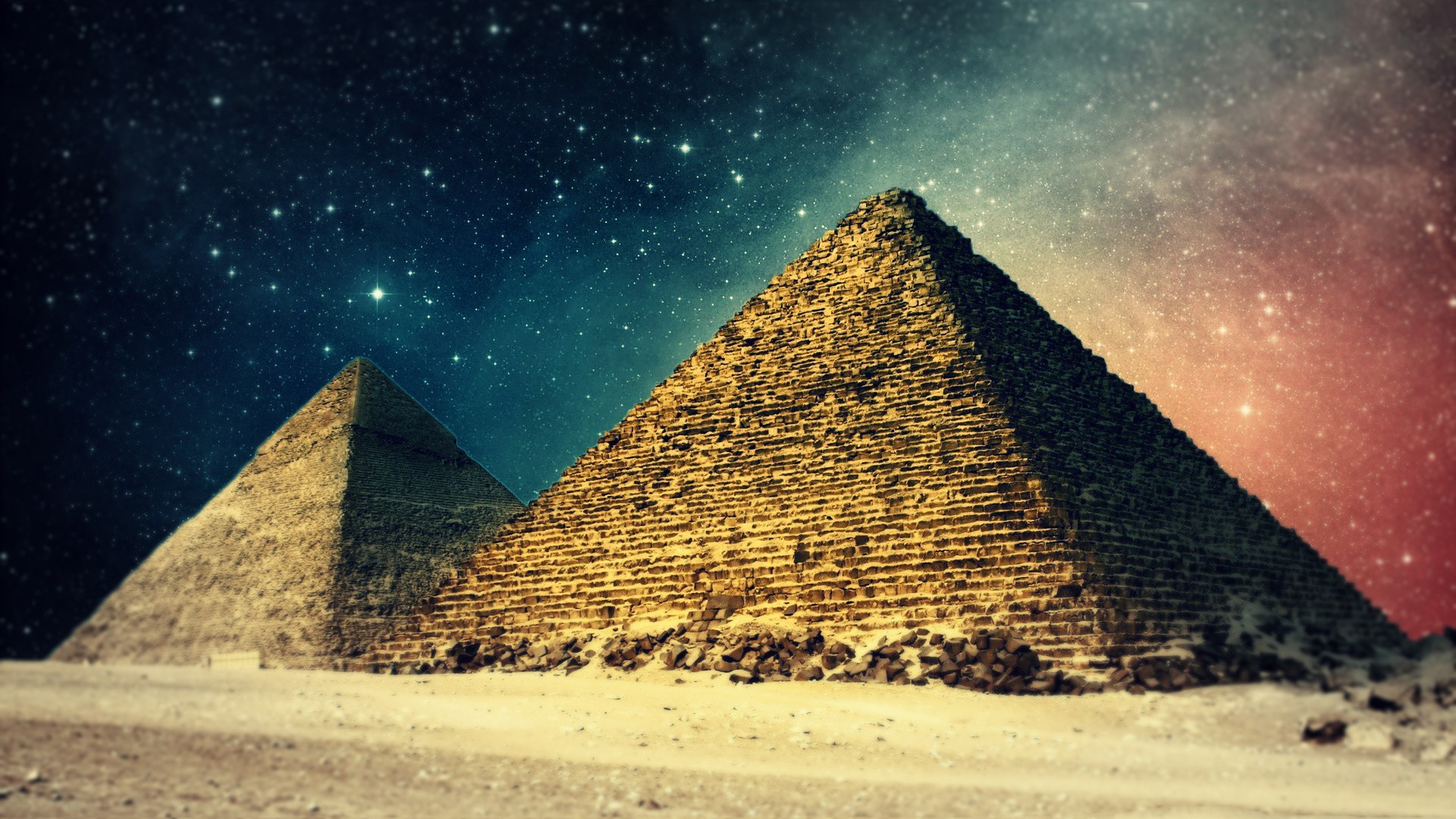 a-new-perspective-on-the-pyramids-wallpaper-wp3402081