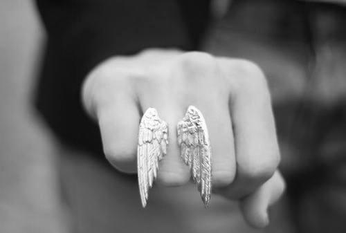 angel-black-and-white-cute-girl-wallpaper-wp3003220