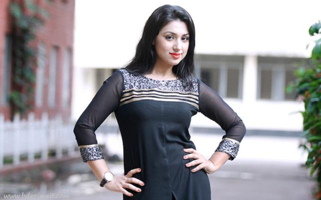 apu-biswas-bengali-actress-wallpaper-wp5204172
