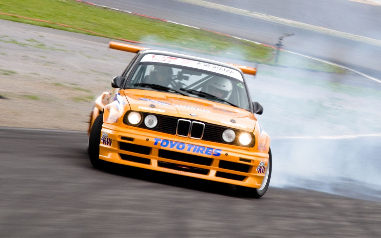 bmw-e-m-drifting-wallpaper-wp4804820