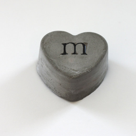 cement-heart-embedded-with-black-letter-M-wallpaper-wp4604614-2
