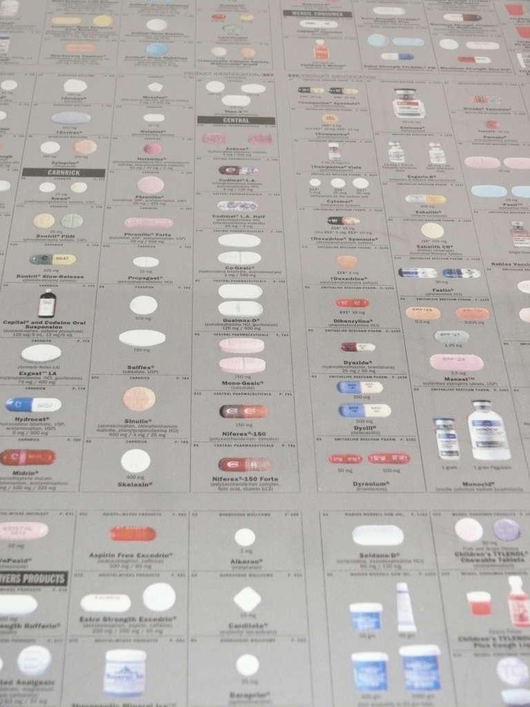 damien-hirst-pharmacy-wallpaper-wp6002897