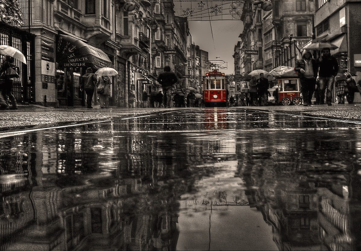 dfadaecfcdaef-rain-days-stunning-photography-wallpaper-wp3004768