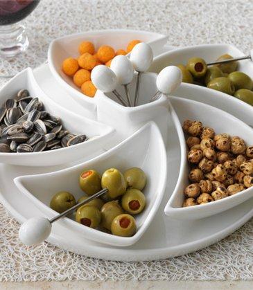 dish-Porcelain-appetizer-set-Really-Linda-Barker-wallpaper-wp5601118