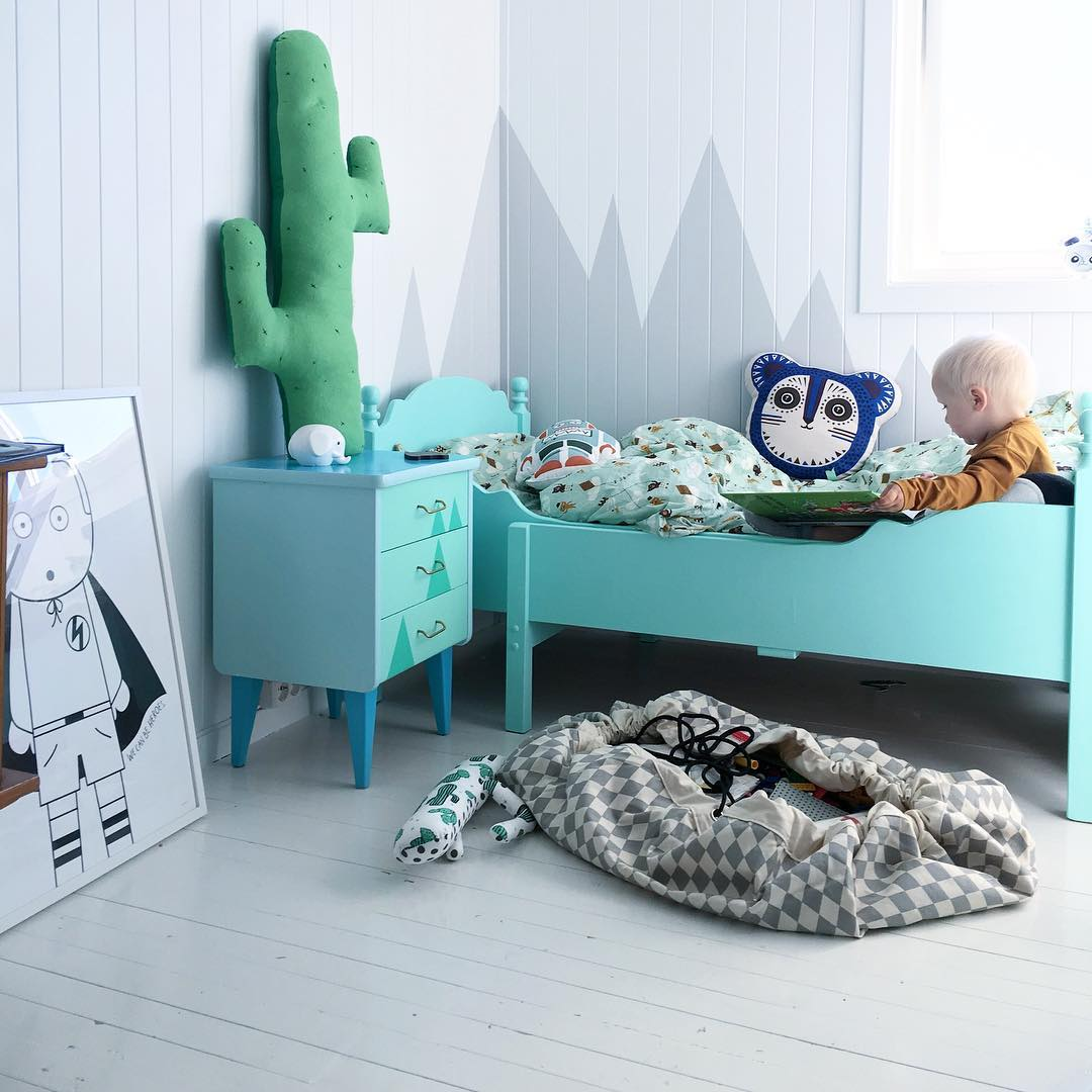 ferm-LIVING-Kids-Cushion-and-organic-bedding-https-www-fermliving-com-webshop-shop-kids-room-aspx-wallpaper-wp5007408