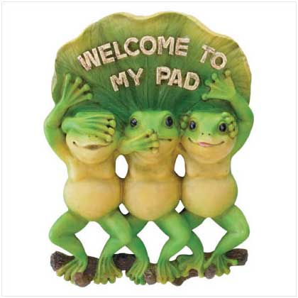 ffbaaedcbafab-cute-frogs-welcome-signs-wallpaper-wp4403179