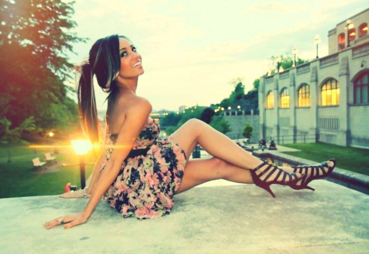 floral-dress-wallpaper-wp425463