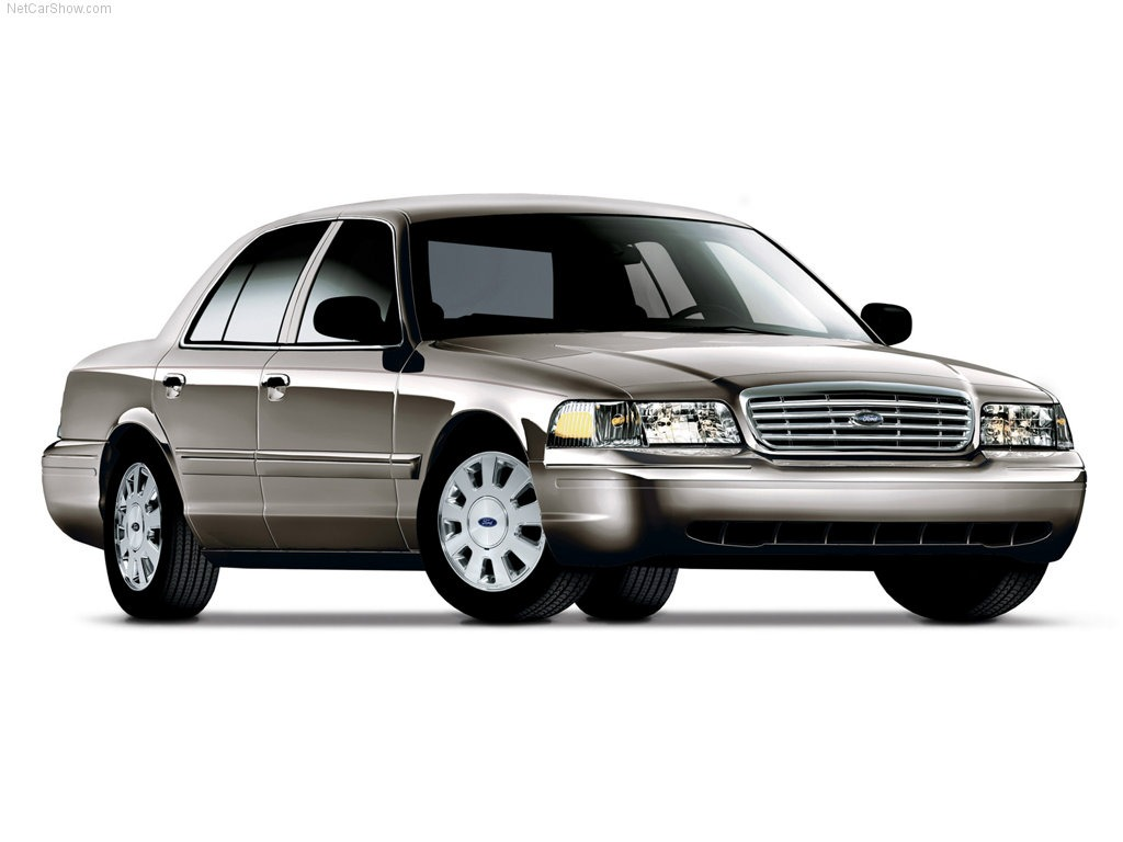 ford-crown-victoria-Photo-wallpaper-wp5405035