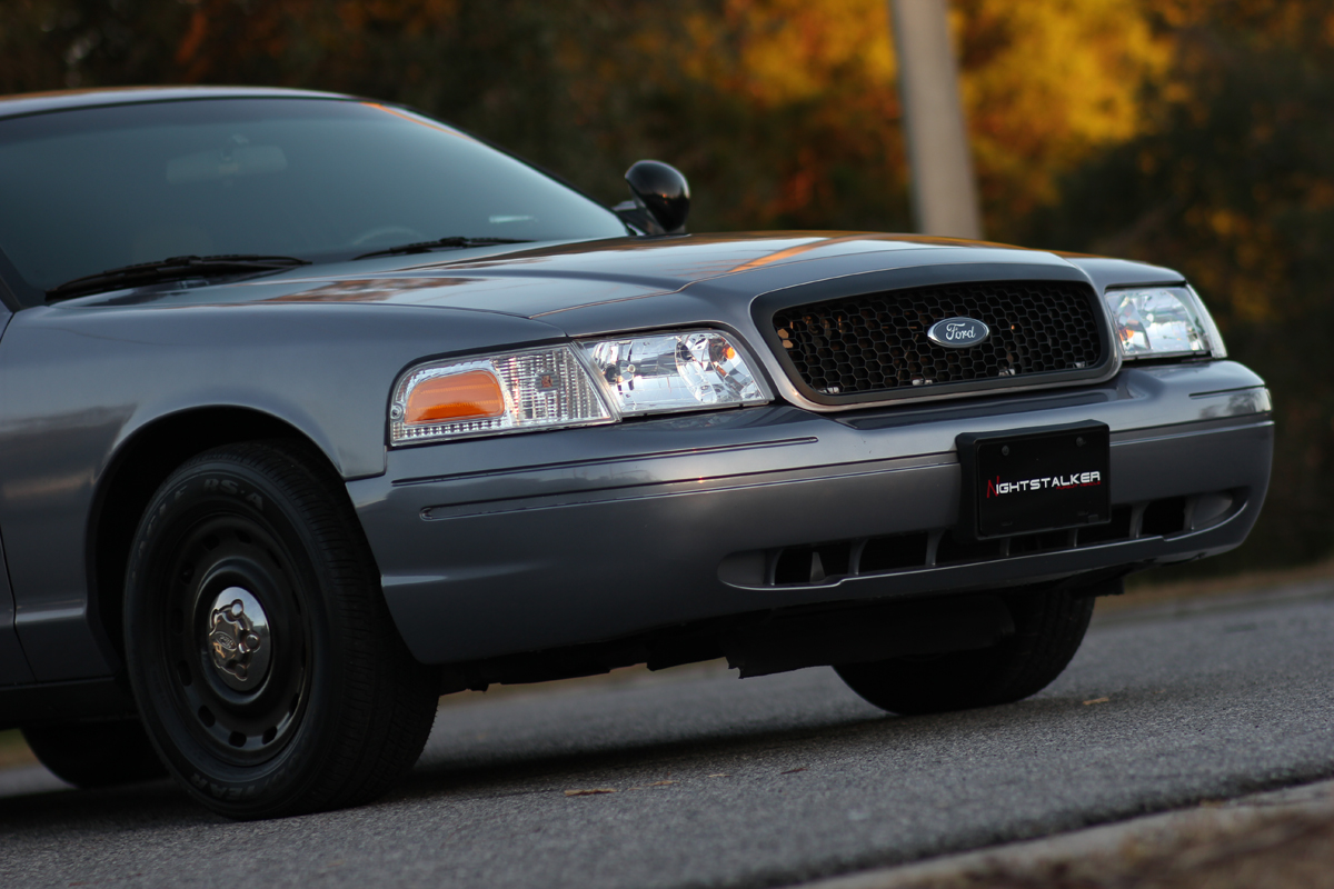 ford-crown-victoria-police-interceptor-unmarked-Image-wallpaper-wp5402334
