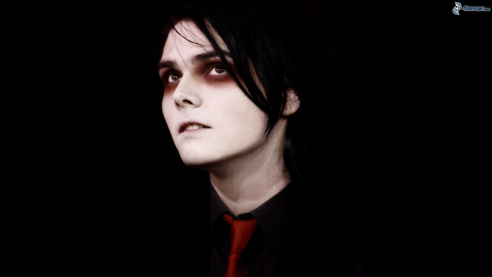 gerard-way-Gerard-Way-wallpaper-wp3406213