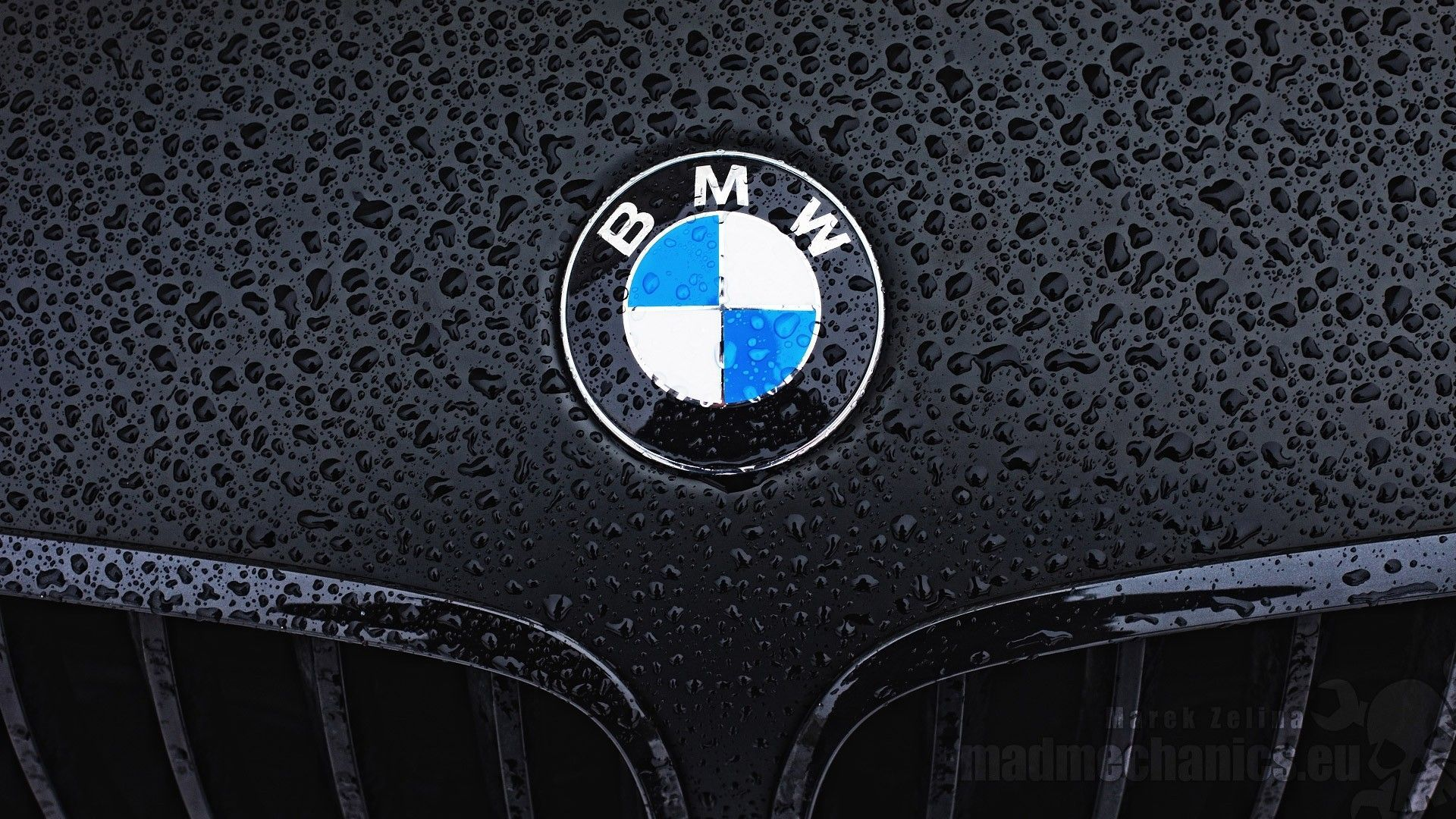 BMW-M-Logo-Cave-wallpaper-wpc5802957