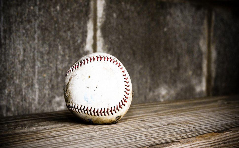 Black-And-White-Baseball-HD-wallpaper-wp3603363