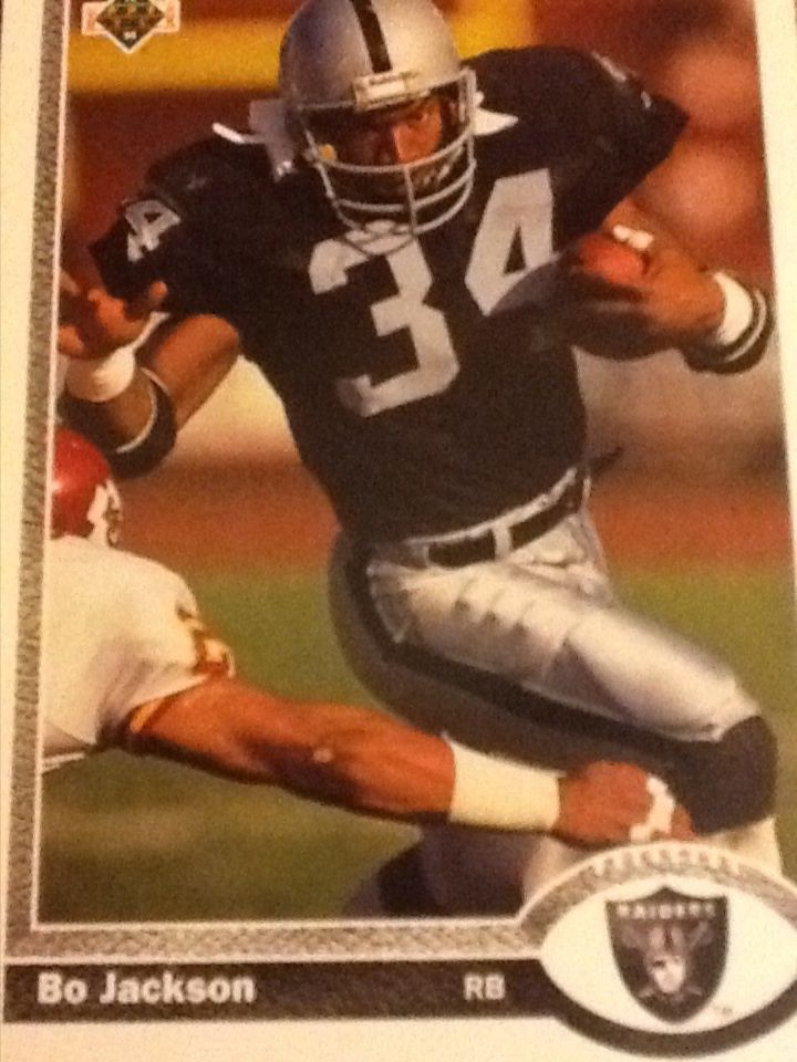 Bo-Jackson-Upper-Deck-Los-Angeles-Raiders-Football-Card-LosAngelesRaiders-wallpaper-wpc5802970
