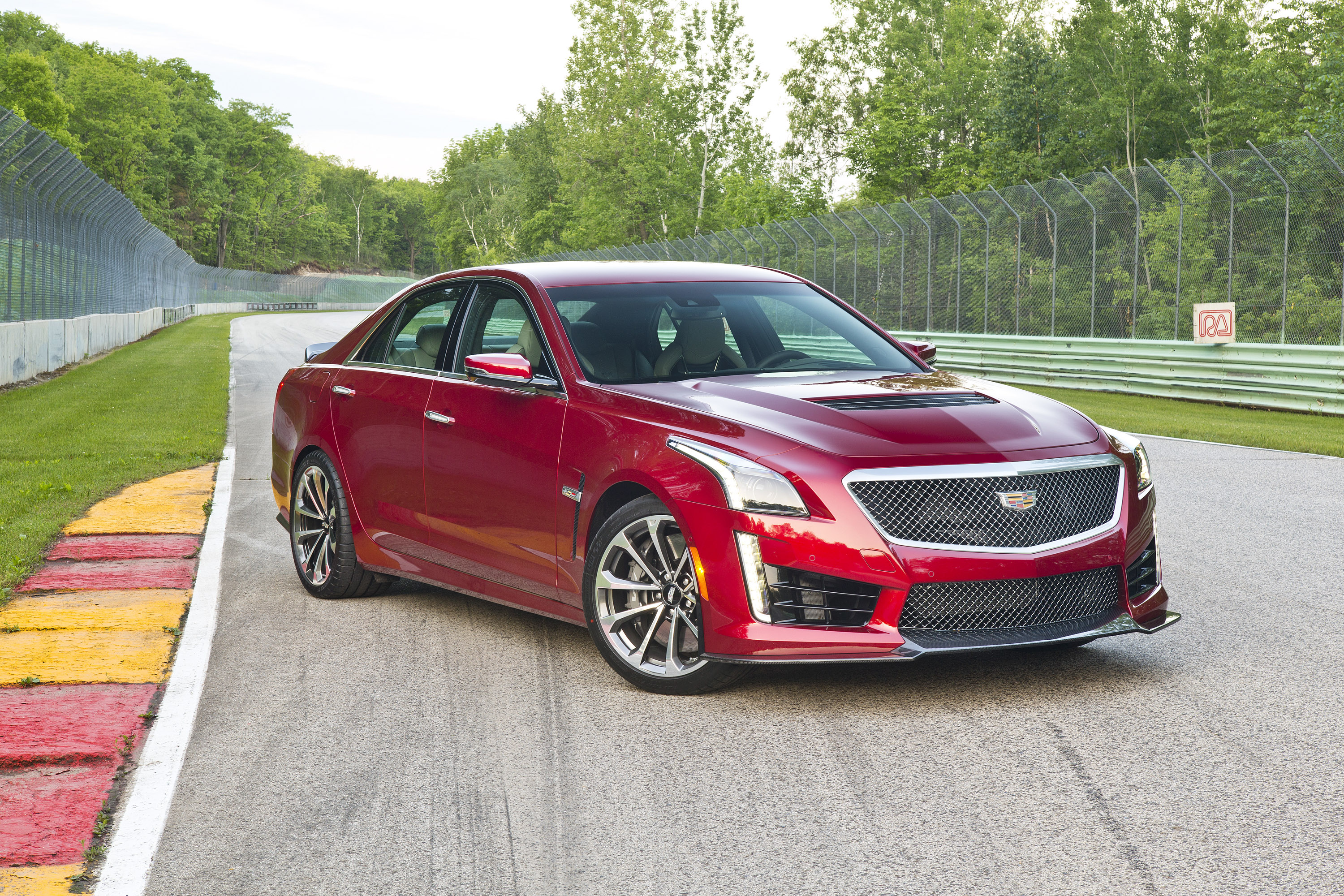 Cadillac-CadillacCTS-Cars-SuperSalon-Beast-LoveCars-RaceDay-Race-wallpaper-wpc58019