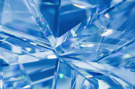 Energy-free-time-crystals-jiggle-with-the-magic-of-theoretical-physics-wallpaper-wpc9004704