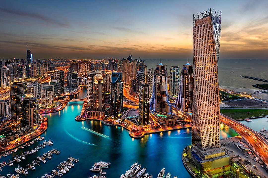 Fly-private-to-Dubai-One-of-the-many-JetShuttle-destinations-available-to-our-JetSmarter-members-wallpaper-wpc9005048