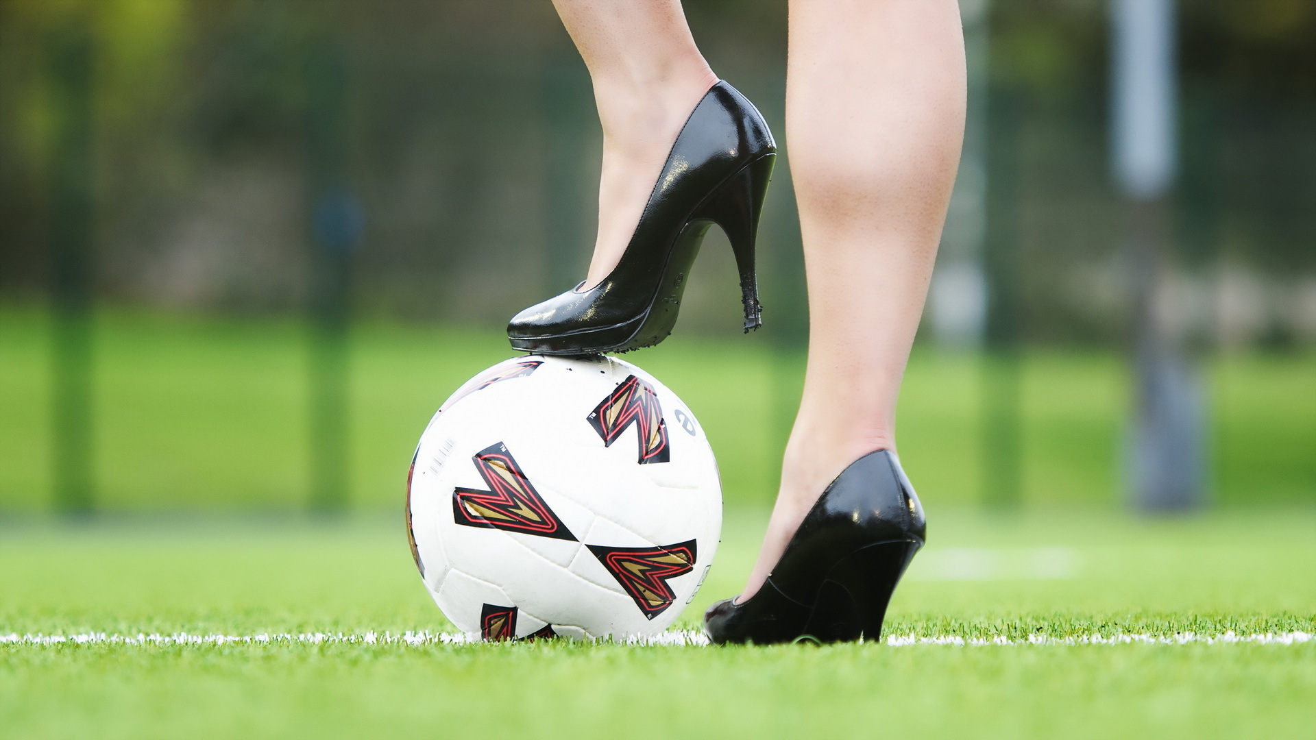 Heels-Soccer-wallpaper-wpc9006001