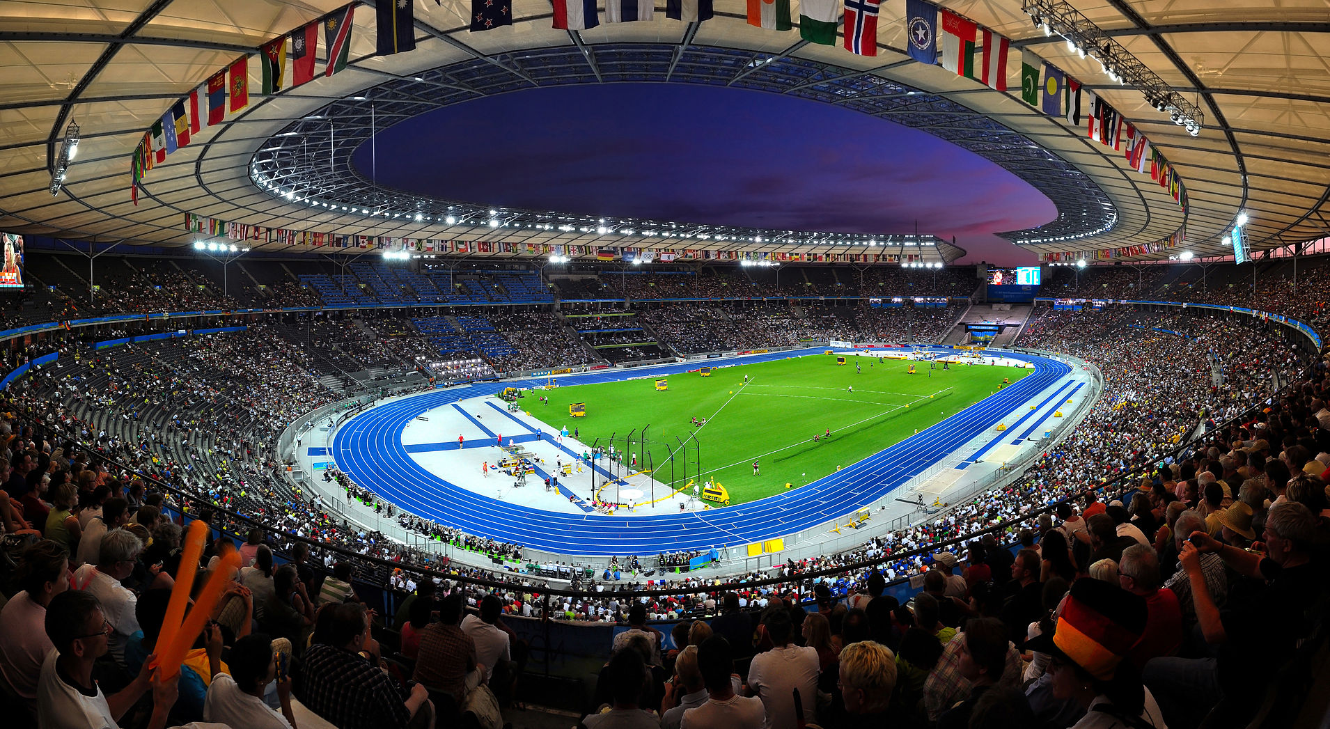 Hertha-Olympiastadion-Berlin-ine-wallpaper-wpc9001755