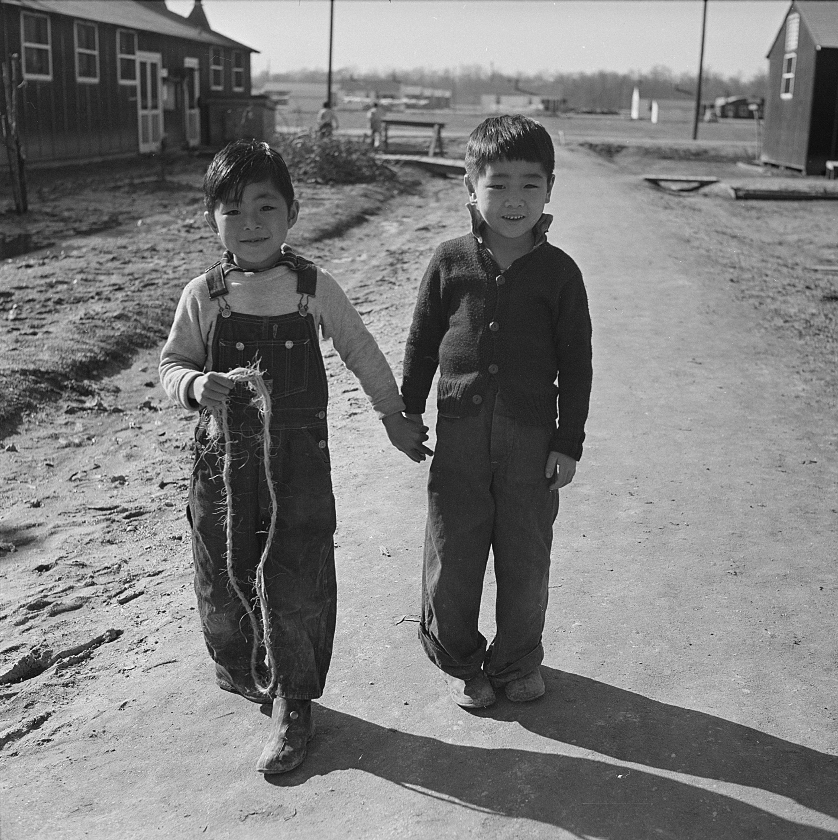 Japanese-American-children-at-Jerome-War-Relocation-Center-Arkansas-Jan-US-National-Archi-wallpaper-wpc9006735