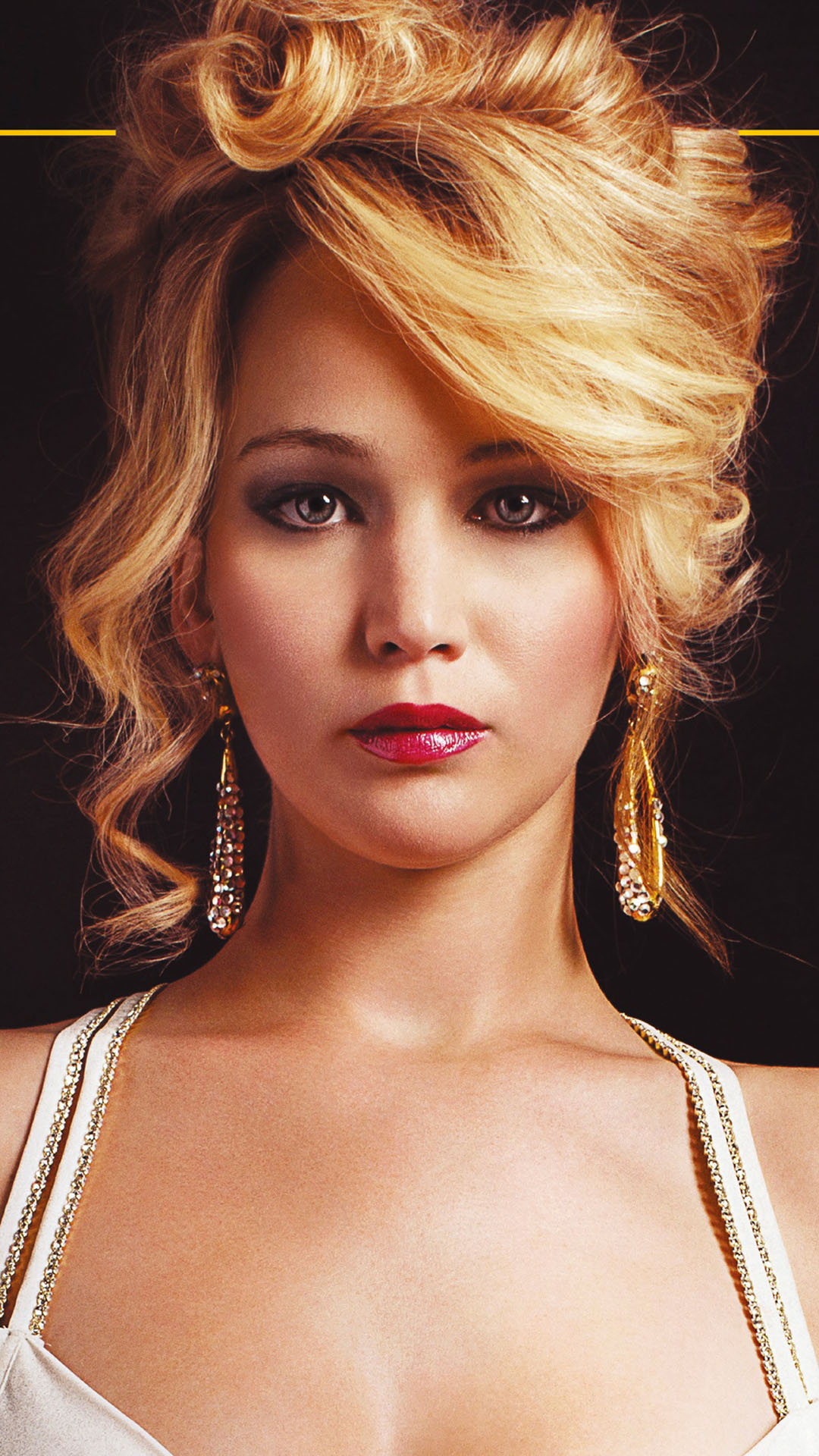 Jennifer-Lawrence-in-American-Hustle-wallpaper-wpc9206438