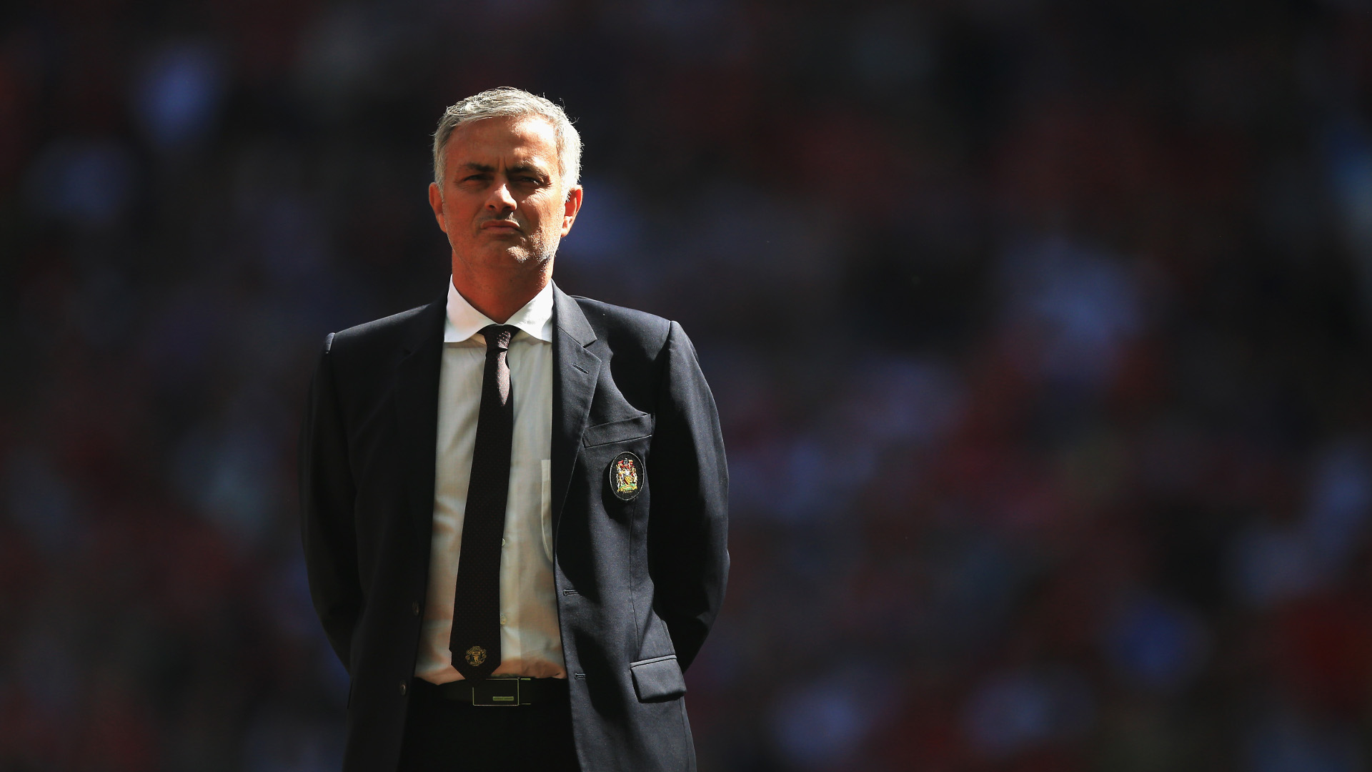 Jos%C3%A9-Mourinho-watches-on-during-the-Charity-Shield-season-opener-vs-Leicester-City-1920x1080-De-wallpaper-wpc5806500