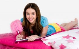 Miley-Cyrus-Book-wallpaper-wp3808219