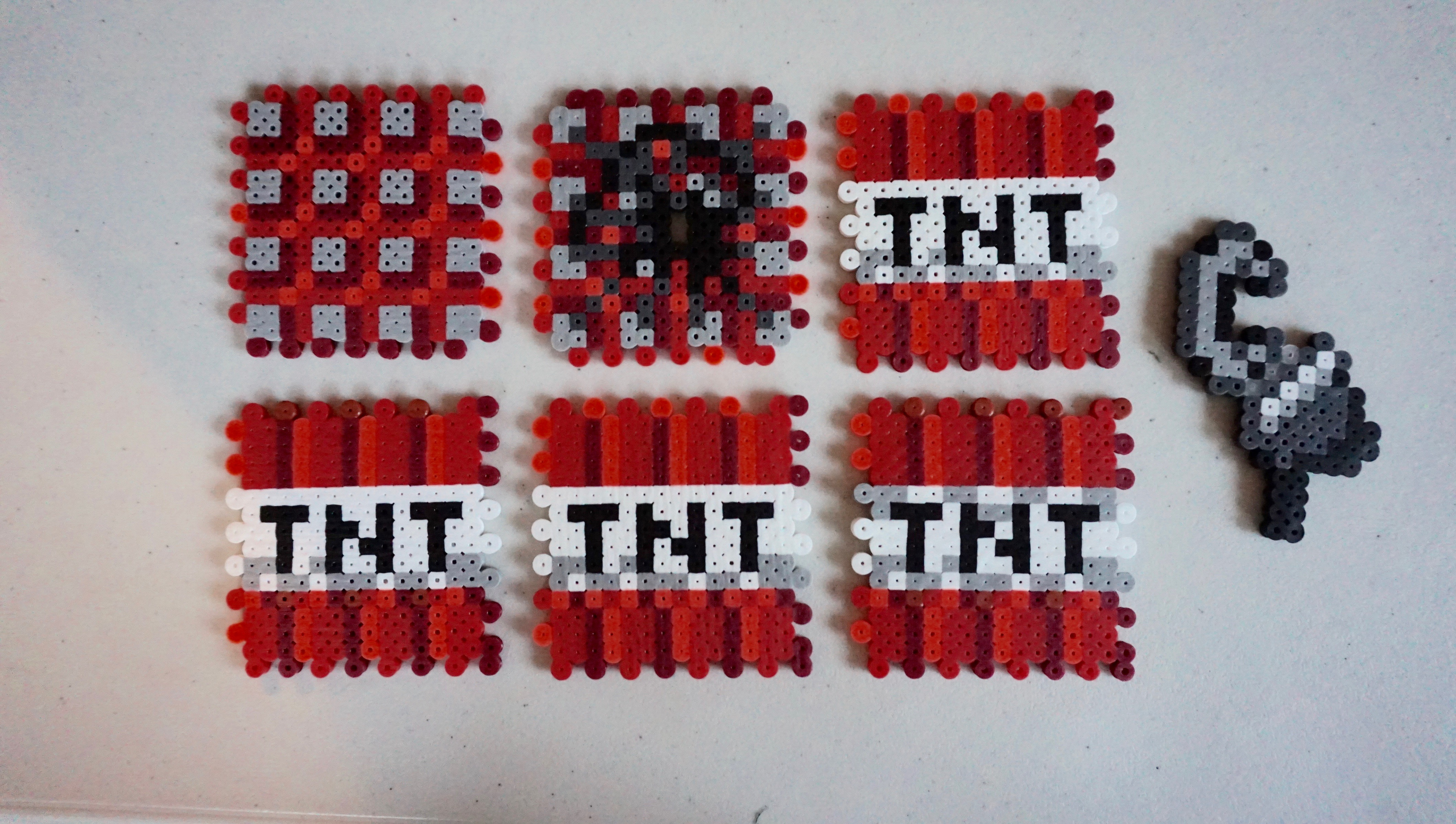 Minecraft-TNT-block-pattern-Minecraft-TNT-perler-beads-Minecraft-birthday-party-decorations-Minec-wallpaper-wpc9007648