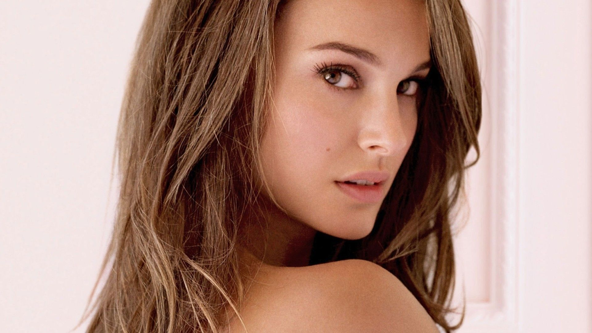 Natalie-Portman-1920x1080-Need-iPhone-S-Plus-Background-for-IPhoneSPlus-Follow-wallpaper-wpc9007912
